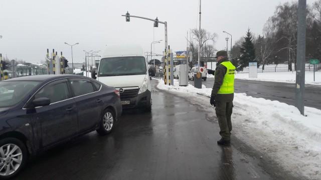 Na polsko - ukraińskim przejściu granicznym w Medyce doszło do próby naruszenia nietykalności cielesnej strażniczki granicznej i znieważenia strażnika granicznego.