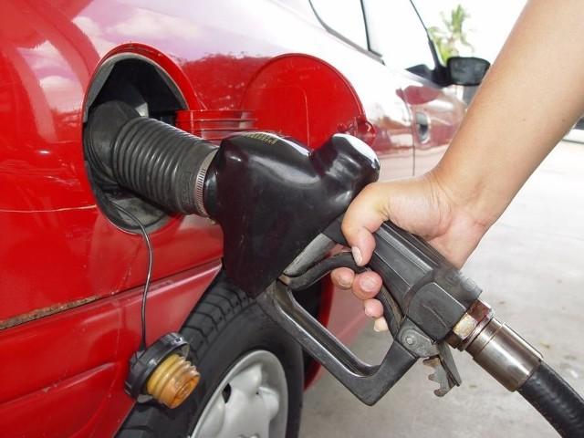 Najtańszą benzynę 95 - oktanową tradycyjnie kupimy w Stąporkowie