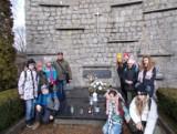 Uczniowie z Nieszawy wyruszyli na szlak, aby uczcić setną rocznicę Bitwy Warszawskiej
