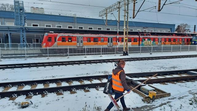W ramach modernizacji magistrali nadodrzańskiej planowane są dwa dodatkowe przystanki kolejowe w Zielonej Górze i dodatkowy czwarty peron.