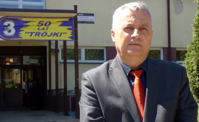 Robert Głogowiecki, dyrektor Samorządowej Szkoły Podstawowej numer 3 w Kazimierzy Wielkiej, zostanie prawdopodobnie nowym radnym kazimierskiej Rady Powiatu.