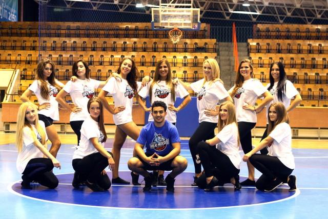 Jedną z atrakcji na meczach Wilków Morskich w nowym sezonie, będą występy cheerleaderek.