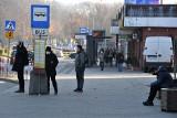"""Po proteście mieszkańców jest zgoda. """"4"""" nie wróci na starą trasę w Kielcach, ale mieszkańcy i pacjenci dostaną inny autobus"""
