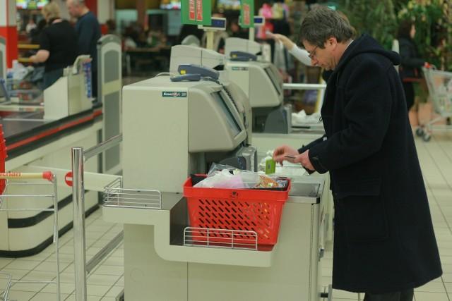 Rewolucja w kieleckich sklepach. Znika zawód sprzedawcy?