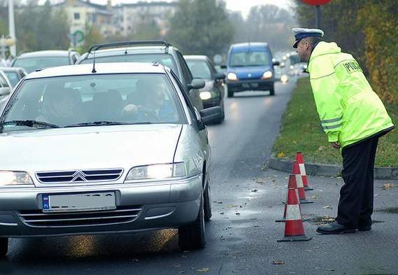 Rekordowo duże natężenie ruchu to główna przyczyna wypadków. W te święta tłok na drogach może być większy niż zwykle.
