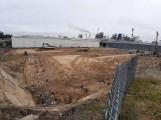 Budowa nowej hali Kronospanu w Szczecinku. Zobacz, co się jeszcze zmienia [zdjęcia]