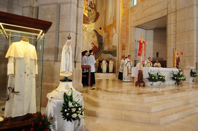 Mija 40. rocznica zamachu na Jana Pawła II. Z tej okazji w  sanktuarium św. Jana Pawła II na Białych Morzach odprawiona została msza święta w podziękowaniu za dar życia i pontyfikat papieża Polaka