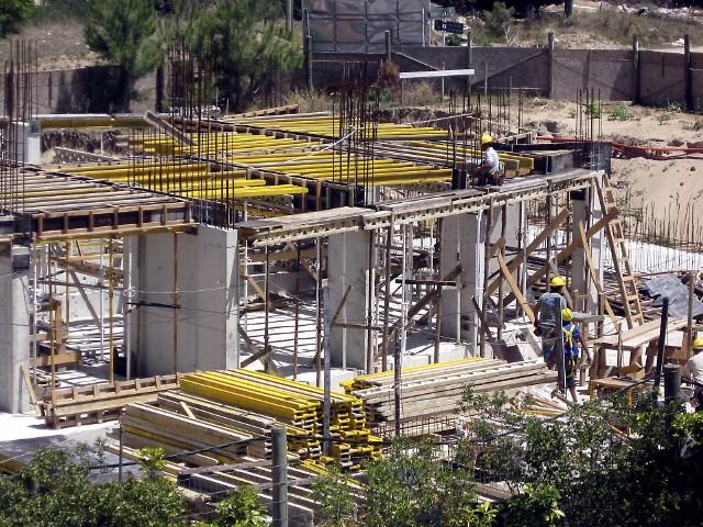 Budowa blokuNajwiększe grzechy deweloperów w 2011 roku