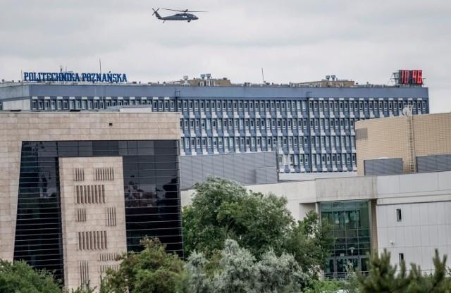 Osoby przebywające w Domu Studenckim nr 2, należącym do Politechniki Poznańskiej nie mogą do piątku, 13 marca opuszczać budynku. Taką decyzję podjął prorektor uczelni w związku z zagrożeniem koronawirusa.