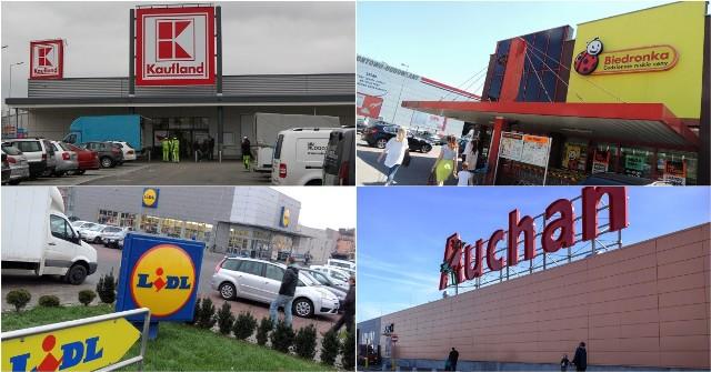 Zarobki w Biedronce i Lidlu 2018 - ujawniamy to, czego nie wiecie. Ile zarabia kasjer w Biedronce? Ile zarabia kasjer w Lidlu? O zarobkach w supermarketach w naszym kraju krąży wiele pogłosek. Ile tak naprawdę zarabia kasjer w Biedronce, Lidlu, Tesco, Auchan w 2018? Sprawdziliśmy zestawienia i mamy dla Was najnowsze dane. Możemy powiedzieć, że rok 2018 był zdecydowanie rokiem podwyżek w Biedronce i Lidlu, które konkurują ze sobą o nowych pracowników. Zarobki w Biedronce, Lidlu, Auchan GRUDZIEŃ 2018