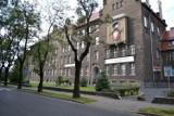 Nauczycielka z Leszna zmarła kilka dni po przyjęciu szczepionki na COVID-19. Sprawę bada prokuratura