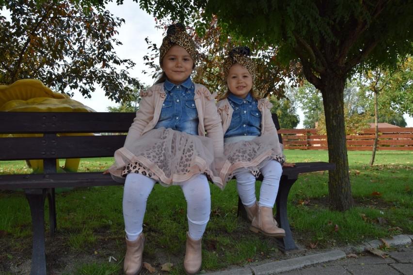 Marika i Liwia Kuczkowiak z Nowej Soli chętnie przychodzą do Parku Krasnala.