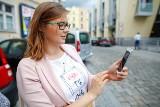 Prawo jazdy w telefonie. Czy aplikacja mObywatel jest obowiązkowa? Jak policja sprawdzi uprawnienia?