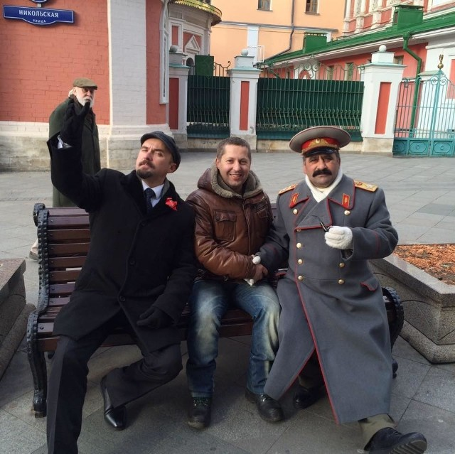 Białostocki przedsiębiorca z moskiewskimi sobowtórami Lenina i Stalina