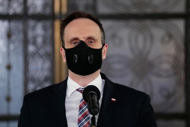 Janusz Kowalski zaszczepił się przeciwko koronawirusowi. Wcześniej mówił, że tego nie zrobi.