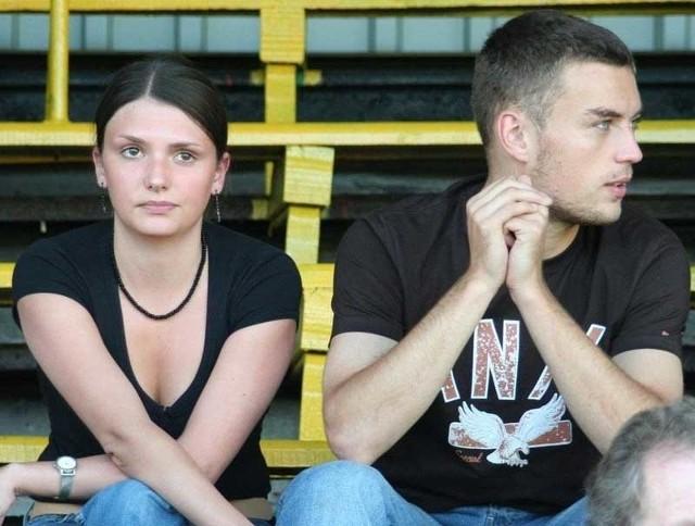 Jakub Ławecki wziął ślub ze swoją narzeczoną Małgorzatą, a koledzy ze Stali organizują na jego rzecz turniej w Stalowej Woli.