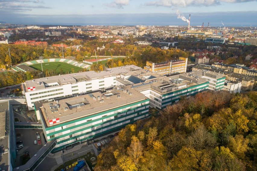 Uniwersyteckie Centrum Kliniczne ogranicza wizyty u pacjentów. Odwiedzać ich mogą jedynie osoby zaszczepione na koronawirusa