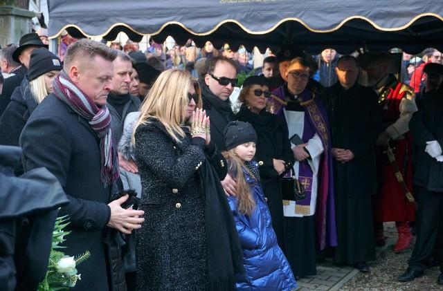 Beata Kozidrak na cmentarzu przy ul. Lipowej