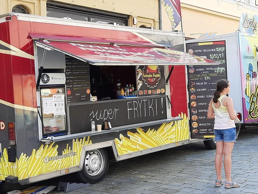 Na opolskim Rynku trwa Food Fest.
