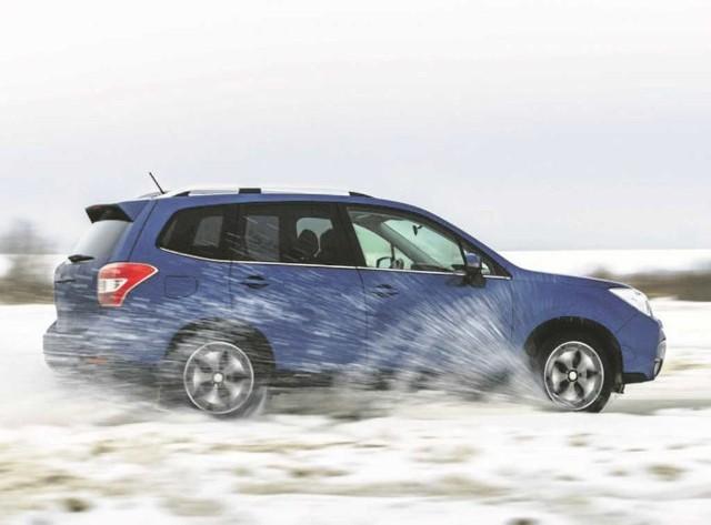 Warunki zimowe wymają szczególnej ostrożności w czasie jazdy