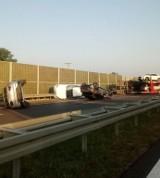 Widów: Wypadek na trasie S7 koło Grójca. Z lawety wypadły nowe mercedesy [ZDJĘCIA]