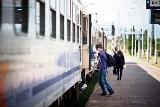 Kradzież sieci trakcyjnej i burza! Uwaga - pociągi do Warszawy jeżdżą opóźnione!