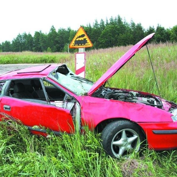 Rośnie liczba wypadków na drogach. Policja łapie też coraz więcej pijanych kierowców