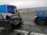 Wypadek na A2: Zderzyły się 3 samochody. Ranna została jedna osoba