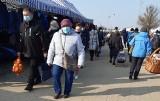 Targowisko miejskie w Suwałkach. Suwalczanie tłumnie ruszyli na zakupy [Zdjęcia]