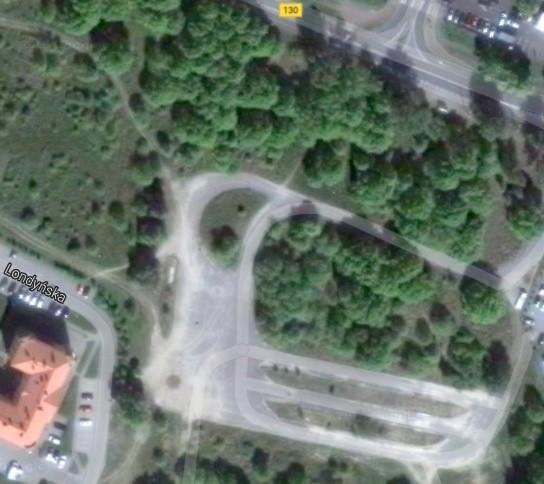 Tak wygląda działka, którą deweloper kupił od miasta za 3,7 mln zł