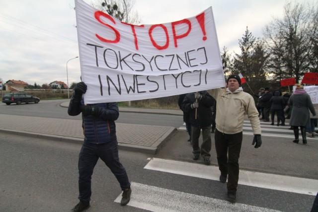 29 listopada 2016 roku - protest na DK94 w Środzie Śląskiej przeciwko budowie zakładu serwisowania odrzutowych silników samolotowych