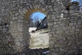 Pogodny weekend można spędzić na zamku Pilcza w Smoleniu. Jest pięknie - zobaczcie sami