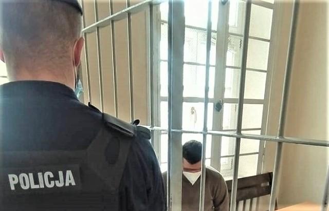 Bułgar narodowości tureckiej wpadł w ręce oświęcimskich policjantów za zmuszanie do prostytucji i czerpanie z niej korzyści