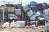 Pod Janikowem policjanci namierzyli nielegalne składowisko odpadów