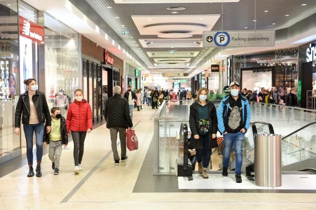 W sklepach i galeriach handlowych będzie obowiązywał limit osób