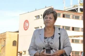 Helena Obara, szefowa koneckiej delegatury NSZZ Solidarność bierze udział w negocjacjach związków zawodowych działających w KZO S.A. z przyszłym inwestorem.