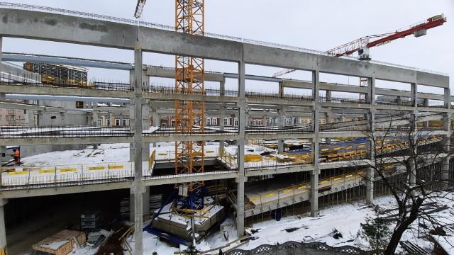 Centrum przesiadkowe Opole Główne. Z powodu zimy prace na budowie wyhamowały