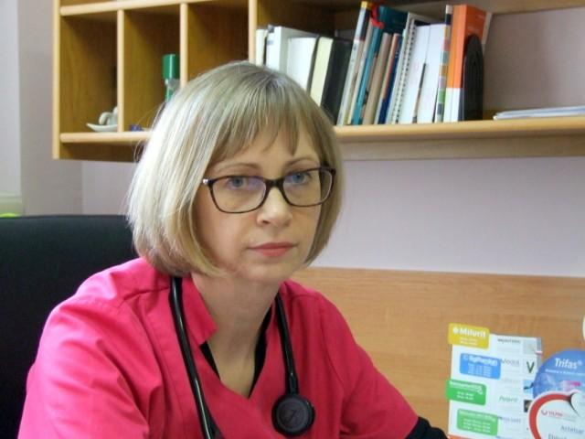 Renata Osak-Prośniak, specjalista kardiologii, chorób wewnętrznych oraz Balneologii i Medycyny Fizykalnej.