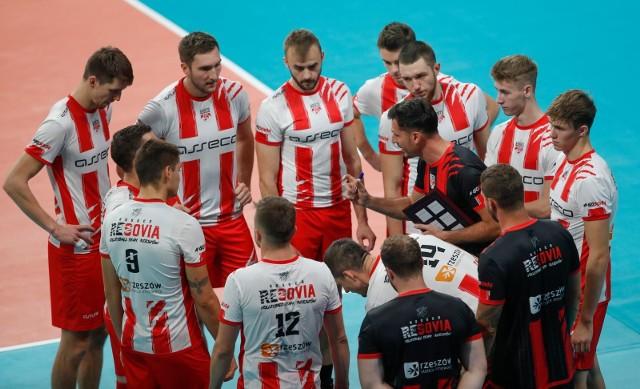 W pierwszej połowie przygotowań do sezonu Asseco Resovia trenowała w okrojonym składzie.