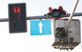 Pomiary sygnalizacji świetlnej na głównych skrzyżowaniach. Wyłączą światła na kilkadziesiąt minut