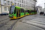 Poznań: Zaparkował na torowisku i zablokował ruch tramwajów na pl. Wielkopolskim na blisko godzinę