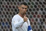 Producent lodów z Wągrowca wykorzystał wizerunek Cristiano Ronaldo. Przerobiono zdjęcie ze słynnej konferencji prasowej