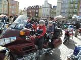 Motocykliści promują. Policja w Chojnicach przestrzega