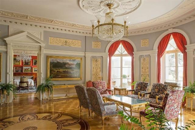 Sąd w Poznaniu podjął decyzję o zajęciu majątku Mariusza Świtalskiego, w tym m.in. jego pałacu w Sowińcu. Kliknij tutaj, przejdź dalej i zobacz więcej zdjęć --->