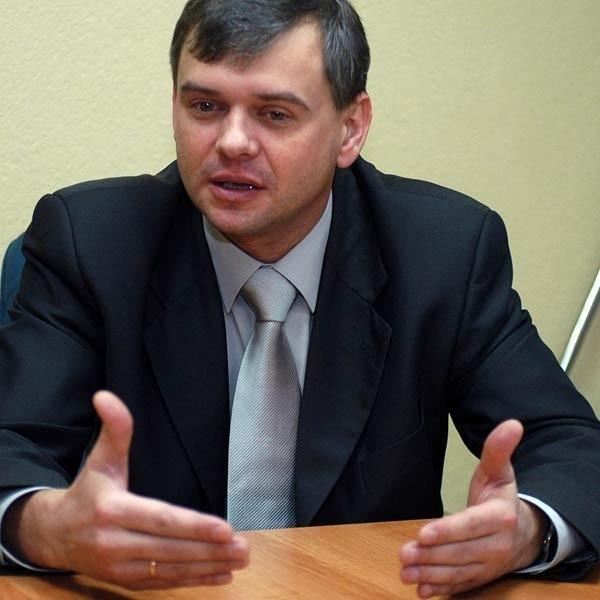 - Samozatrudnienie było korzystne dla obu stron ze względu na niskie składki. Na etatach kierowcy zarobią mniej - przekonuje prezes MPGK Janusz Fic.