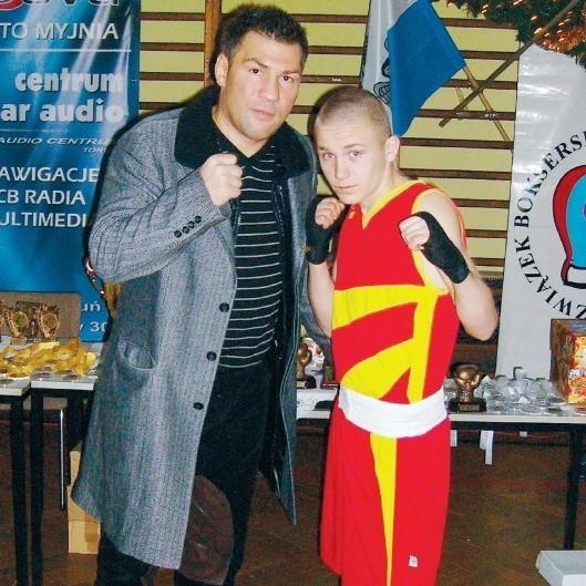 Przemysław Runowski (z prawej) z Dariuszem Michalczewskim.