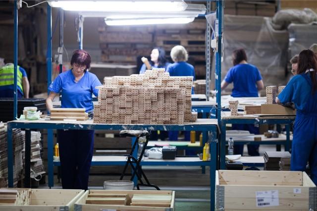Wśród sektorów, które najdotkliwiej odczują zmiany w wysokości składki wypadkowej, co przełoży się na wyższe koszty pracy, znajduje się branża meblarska.