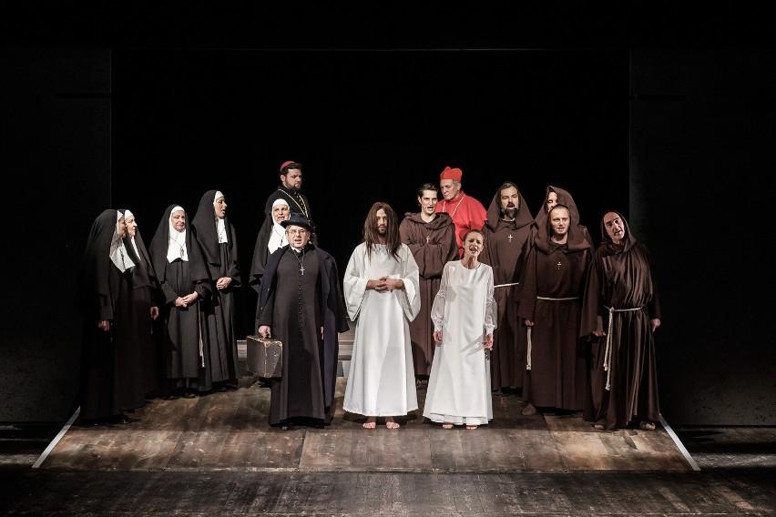 """Spektakl """"Sopoćko"""" w Teatrze Dramatycznym im. Aleksandra..."""