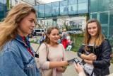 Salon Maturzystów na kampusie Uniwersytetu w Białymstoku. Odwiedziły go tłumy uczniów [ZDJĘCIA]