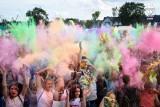 Zakończenie Wakacji KML - Festiwal Kolorów, Baniek i Piany! w Mielcu. Niespodzianką jest koncert Szymona Reicha i Blondino Latino